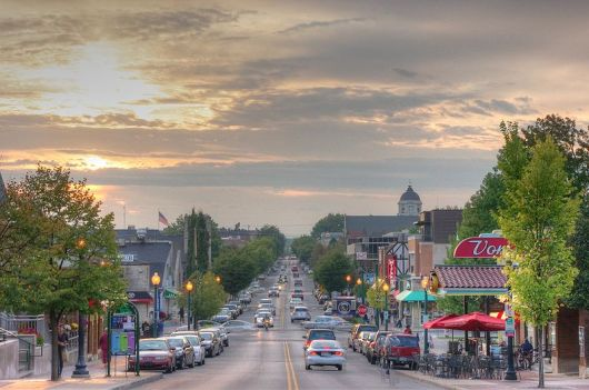 Bloomington, Indiana: Small Town America. Author: Yahala. This file is licensed under the Creative Commons Attribution-Share Alike 3.0 Unported license.