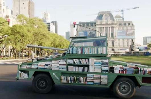Bücherpanzer