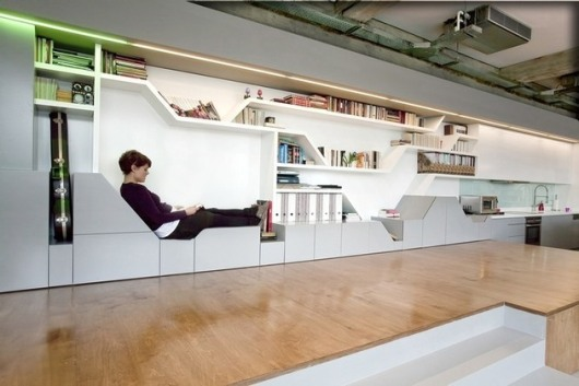 regalwand-design-platz-sitzen-moderne-wohnung