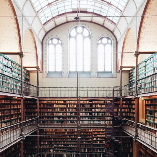 Libraries Around the World/ Amsterdam